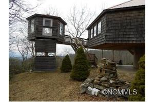 97 Picnic Gap, Qualla Township, NC 28751