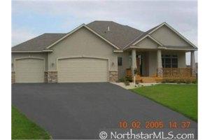 12815 Bluebird St NW, Coon Rapids, MN 55448