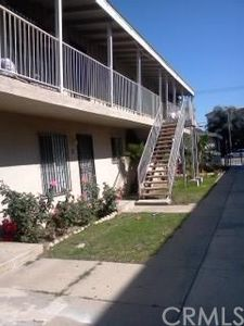 7129 Woodman Ave, Van Nuys, CA 91405