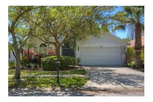11820 Easthampton Dr, Tampa, FL 33626
