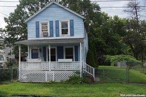 15 Summer St, Kingston, NY 12401