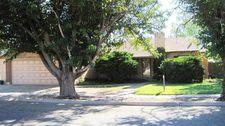 1120 Avenue G, Ralls, TX 79357