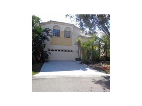 5278 Nw 106th Dr, Coral Springs, FL 33076