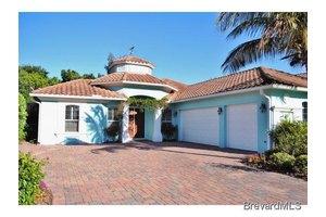 802 Aquarina Blvd, Melbourne Beach, FL 32951
