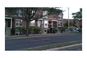 10 Liberty St Apt 12, Danbury, CT 06810