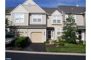 474 Lake George Cir, West Chester, PA 19382