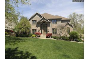 8267 Creekside Trce, Broadview Heights, OH 44147