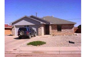 912 Sherwood Dr, Alamogordo, NM 88310