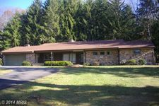 23334 Great Cove Rd, Mcconnellsburg, PA 17233