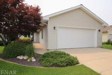 1715 Sunrise Pt, Normal, IL 61761