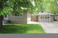 328 5th St NE, Huron, SD 57350
