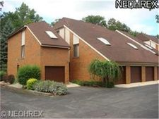 4675 Mayfield Rd Apt C, South Euclid, OH 44121