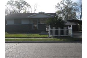 3504 Hodges St, Lake Charles, LA 70605