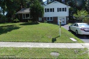 5943 Atteentee Rd, Springfield, VA 22150