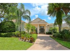 7647 Heathfield Ct, University Park, FL 34201