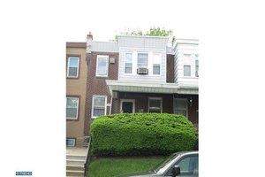 436 Robbins St, Philadelphia, PA 19111
