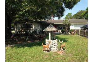 5011 S 2nd St, Fort Pierce, FL 34982