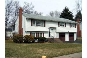65 Clifford Dr, W Hartford, CT 06107