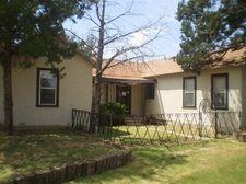 815 Ave E, Ralls, TX 79357