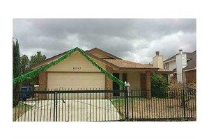 8557 Mackenzie Dr, El Paso, TX 79907