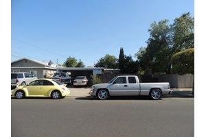 1233 Elm St, Livermore, CA 94551