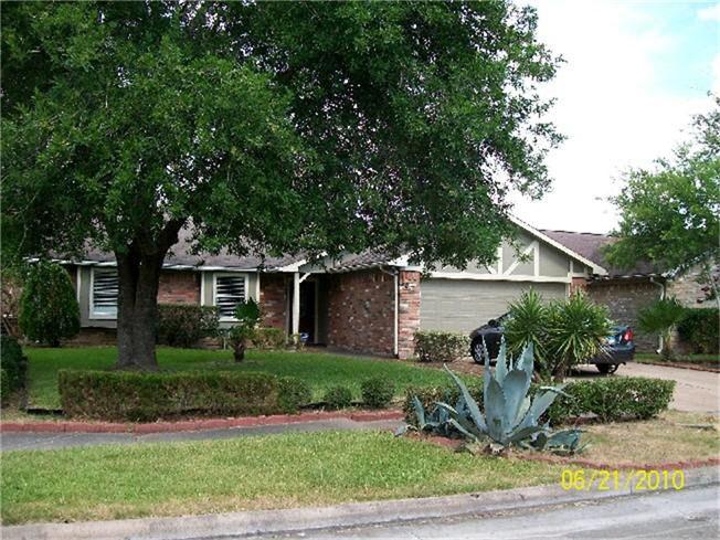 4011 Cedar Gardens Dr, Houston, TX 77082 - realtor.com®