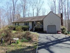 9843 Spring Branch Dr, North, VA 23128