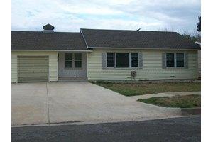 1510 Williston St, Pampa, TX 79065