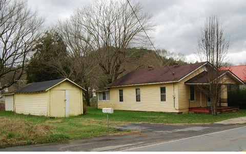 164 Toccoa Ave, Mc Caysville, GA 30555