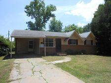 502 Garden Ln, West Memphis, AR 72301