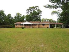 1132 Dolphin Rd, Cantonment, FL 32533