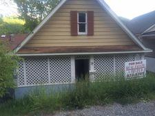 22 W Walnut St, Richwood, WV 26261
