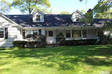 2311 Cedar Swamp Rd, Brookville, NY 11545