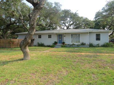 339 W Yoakum Ave, Aransas Pass, TX
