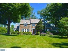 30 W Sandy Ridge Rd, Doylestown, PA 18901
