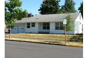 1310 E 23rd Ave, Eugene, OR 97403