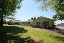 7998 Fairview Rd, Cookeville, TN 38501