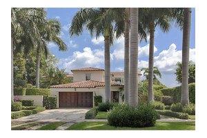 5607 N Bay Rd, Miami Beach, FL 33140