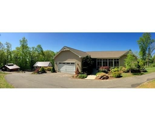 310 Amherst St, Granby, MA 01033