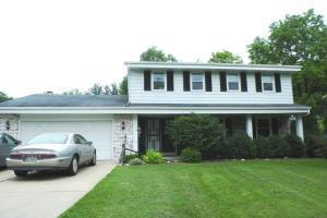 S30w30285 Valley View Rd, Waukesha, WI 53188
