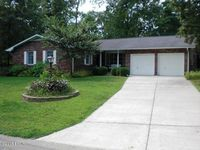 603 Country Club Ln, Carterville, IL 62918