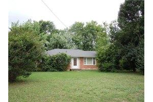 823 Wren Rd, Goodlettsville, TN 37072