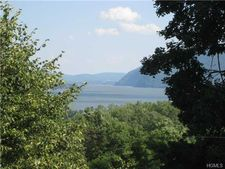 60 Bay View Ter Unit 3, Newburgh, NY 12550