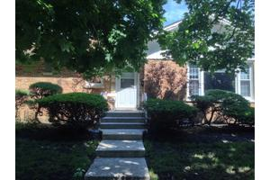 2855 W Coyle Ave, Chicago, IL 60645