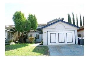 4161 W Brown Ave, Fresno, CA 93722