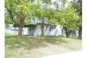 1422 2nd St, Cheney, WA 99004