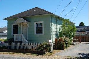 1016 Rockefeller Ave, Everett, WA 98201