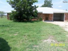 707 N Oak St, Archer City, TX 76351