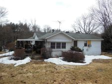 33 Melody Rd, Honesdale, PA 18431
