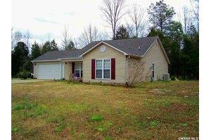 242 Juno Bargerton Rd, Lexington, TN 38351